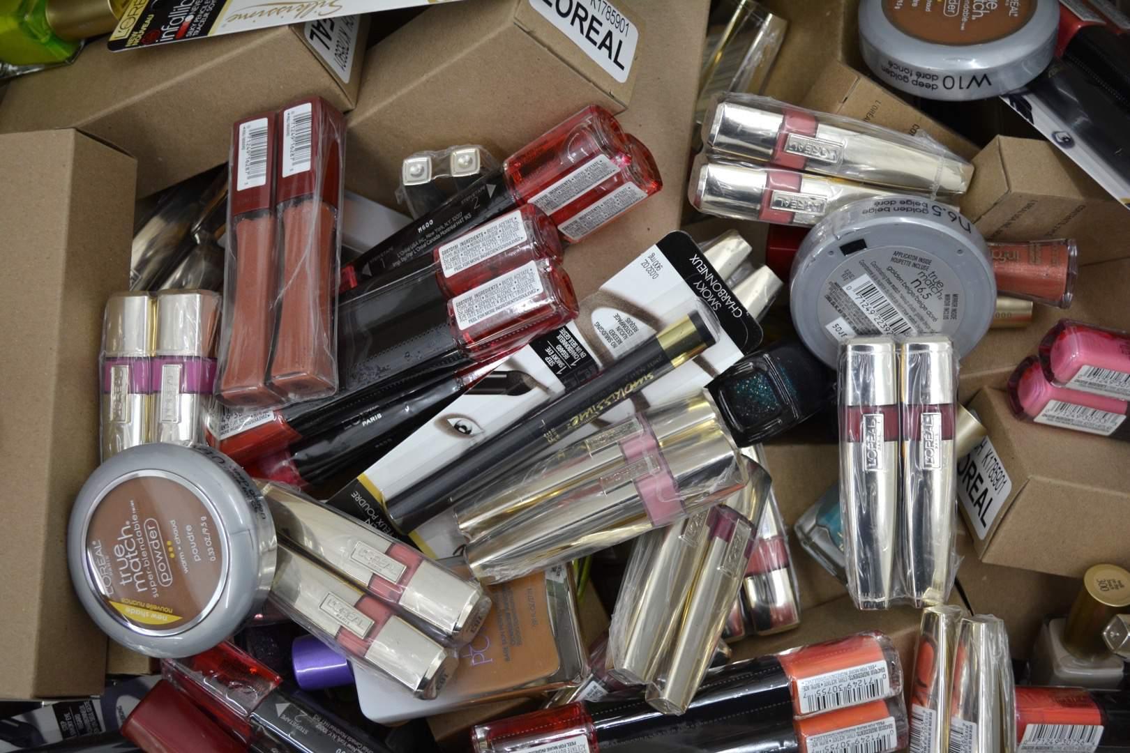 Куплю косметику оптом владивосток косметика makeup минск купить