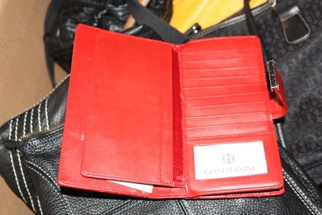 4706d4c6b1bb ... HE Department Store Branded   Designer Handbag   Accessory Lots ...