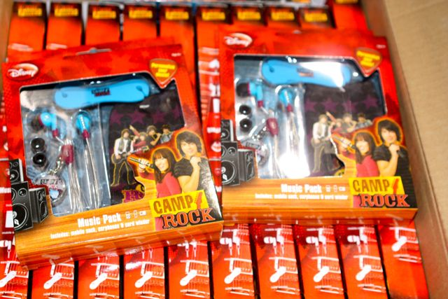 Wholesale Lots of 48 units of Licensed CAMP ROCK Audio/Music Accessories!