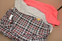 HE Department Store Assorted Everyday & Casual Women's Mostly Fall/Winter Clothing Lots
