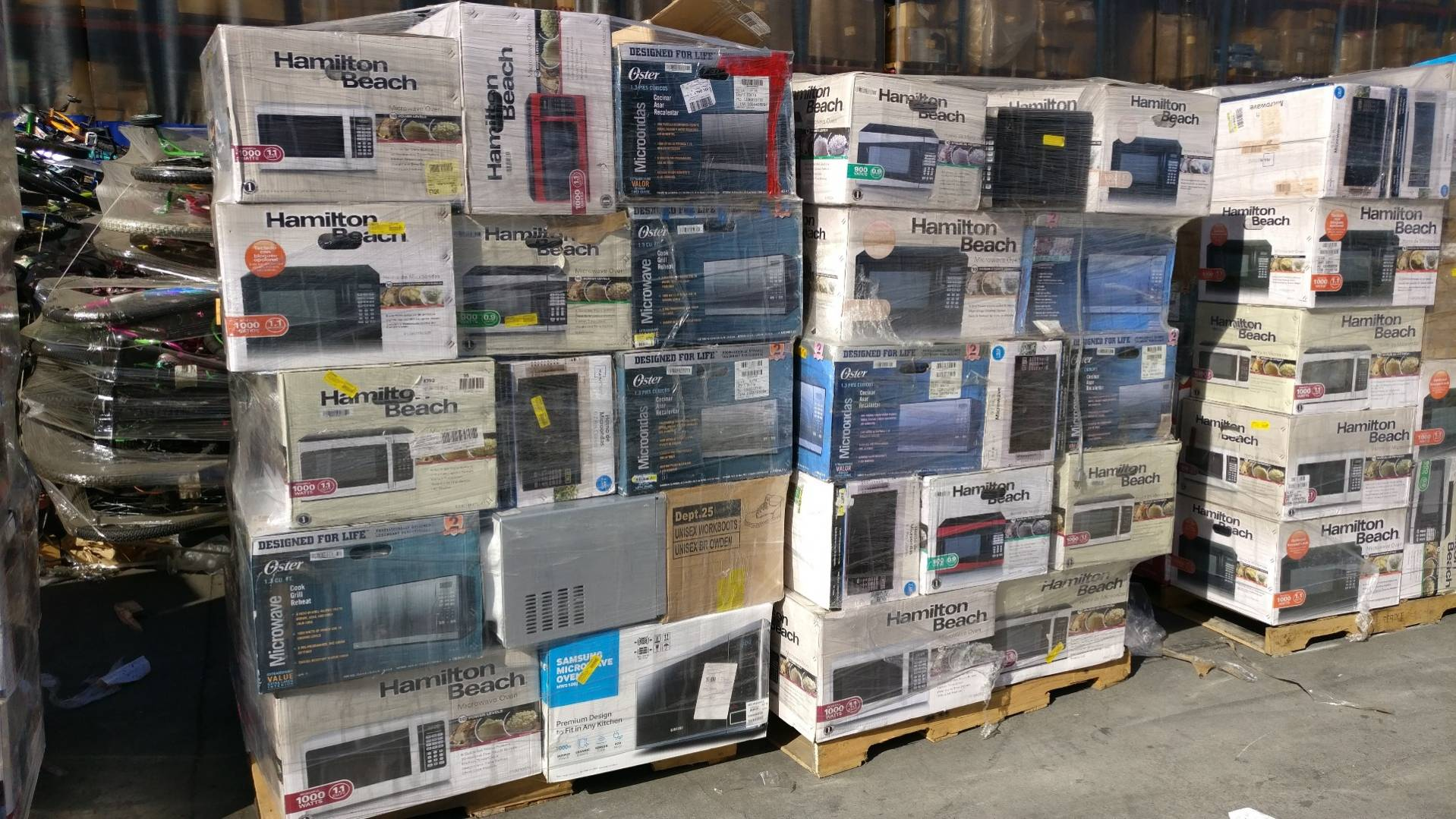 Via Trading | WM Assorted Microwave Pallets